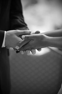Holding Hands by charlietphoto (flickr)