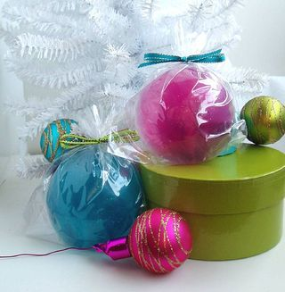 Ornaments by Soapylovedeb (flickr)