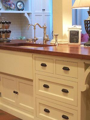 Melissa's kitchen sink