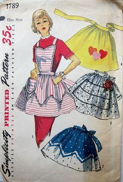 Vintage Apron photo by M1khaela (flickr)