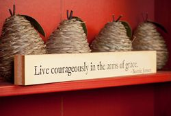 Live Courageously in the Arms of Grace book crop