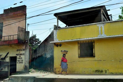 Guatemala 895